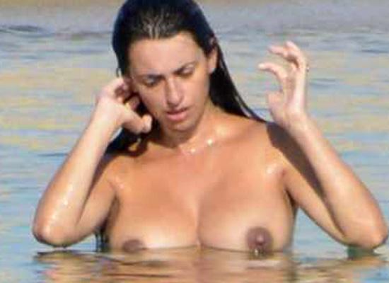 Penelope Cruz topless bikini