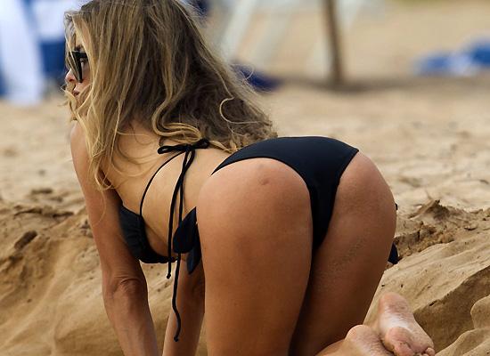 Carmen Electra bikini