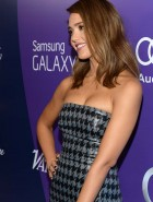Jessica Alba cleavage
