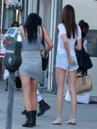 Kendall and Kylie Jenner Shopping