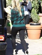Hilary Duff booty