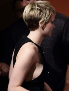 Jennifer Lawrence sideboob