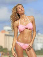 Jessica Hart Victorias Secret bikini shoot