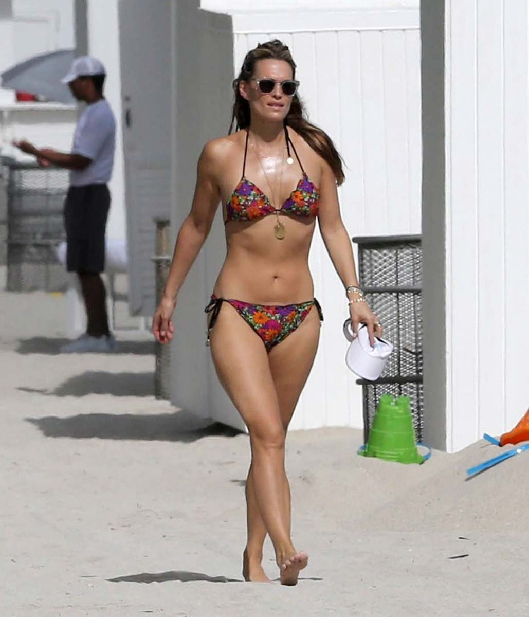 bikini Molly sims and