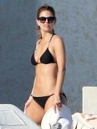 Maria Menounos Bikini