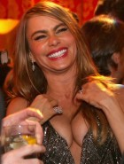 Sofia Vergara cleavage at the Golden Globes Awards