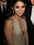 Vanessa Hudgens cleavage