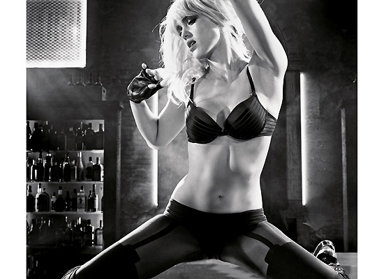 Jessica Alba Sin City:A Dame to Kill For promo