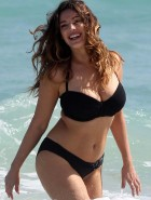 Kelly Brook black and white bikini