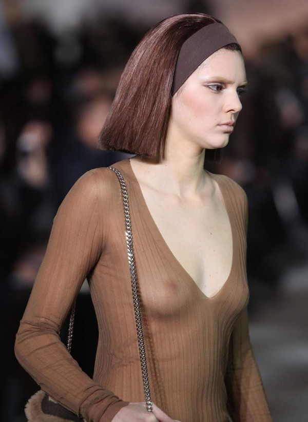 Kendall Jenner Nipples On The Runway » Kendall Jenner nipples on the ...
