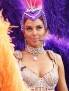 Maria Menounos Extra Showgirl