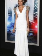 Rebecca Da Costa cleavage at the 'Robocop' Premiere