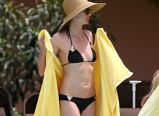 Heidi Klum bikini in the Bahamas