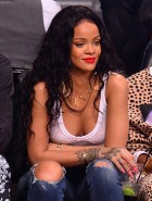 Rihanna nipples on basketball game