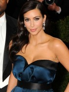 Kim Kardashian upskirt and cleavage