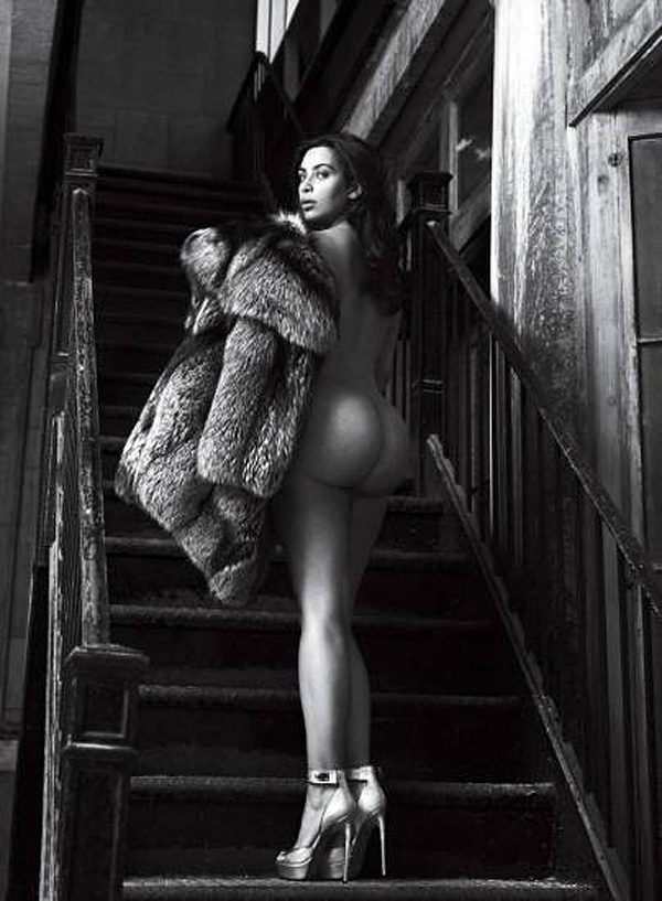 Kim Kardashian'S Naked Ass 111