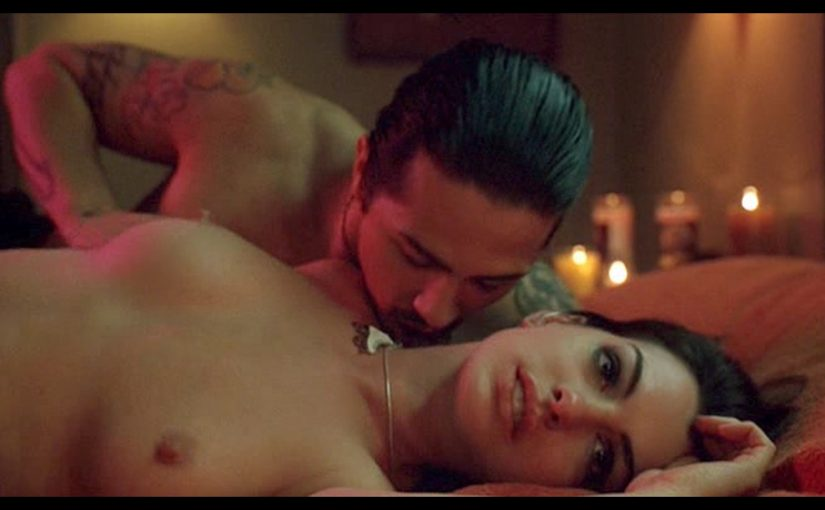 Anne Hathaway Juicy Boobs And Sex From Havoc Movie