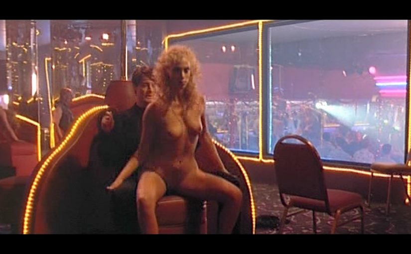 Elizabeth Berkley Pole Dancing In Showgirls Movie