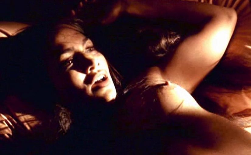 Jennifer Lopez Nude Boobs And Nipples From U-Turn Movie