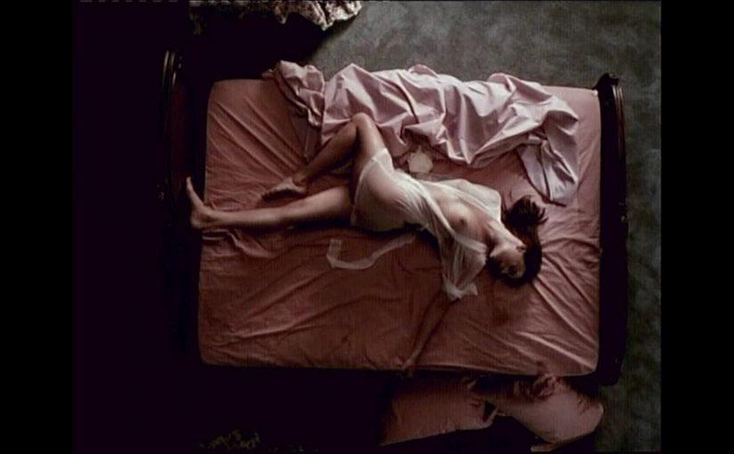 Melinda Clarke Nude Boobs And Nipples In Return To Two Moon Junction Movie