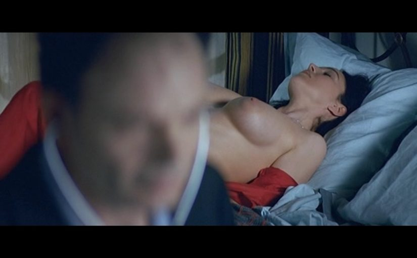 Monica Bellucci Nude Boobs And Nipples In Combien Tu Maimes Movie